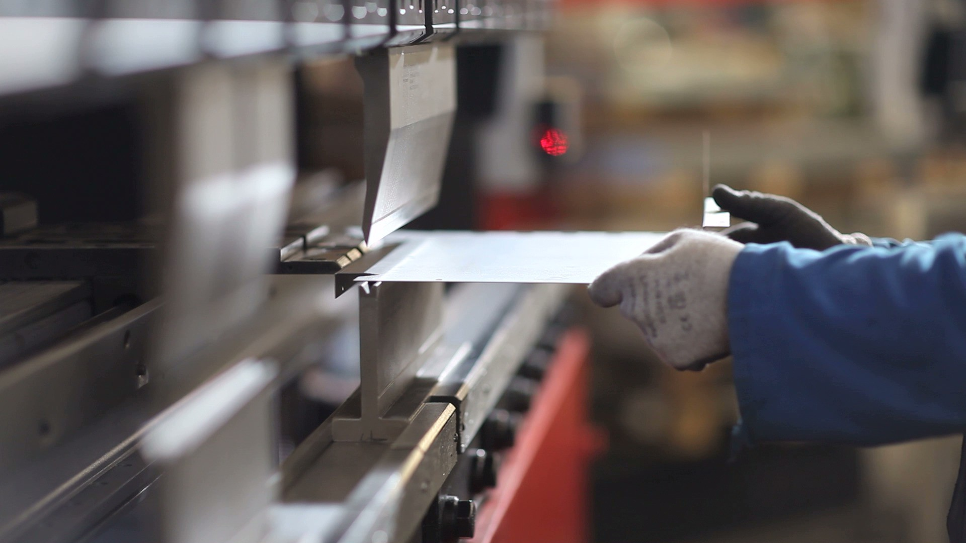 metal work definitions Metal work is the italian company specializing in the production of pneumatic components for industrial automation the company was born as an individual firm in 1967 and begins with the production of.