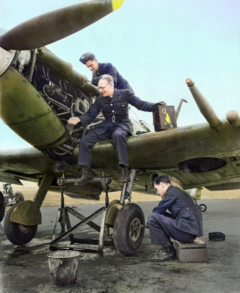 WW1 WW2 photography in color 1900s photos in colour engineering history