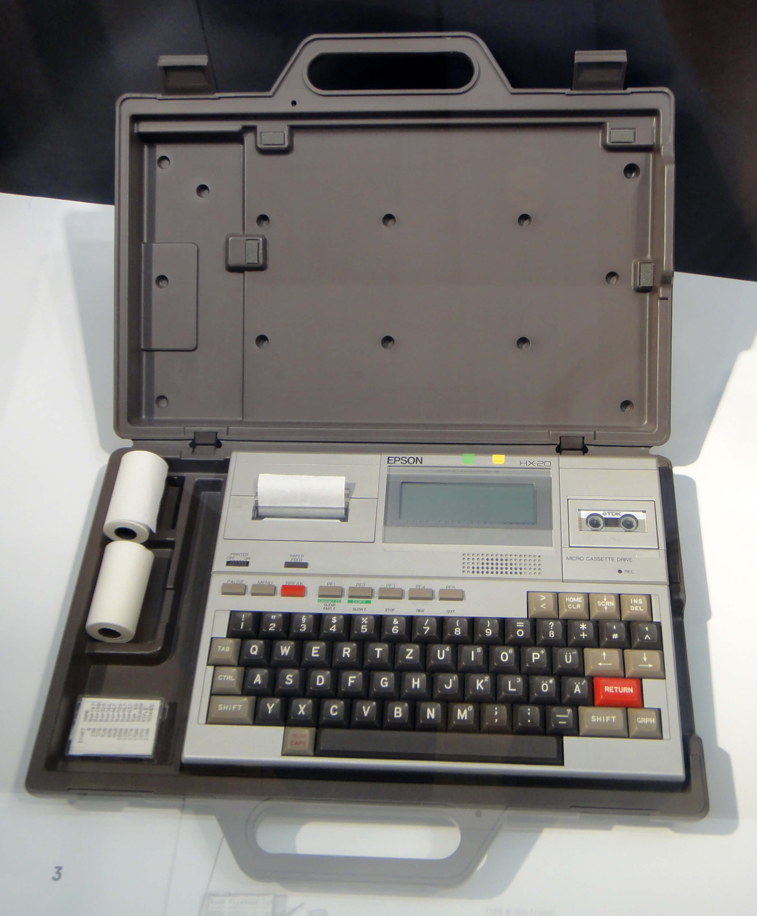 first laptop when world invented computer